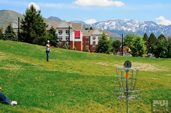summerFun_FrisbeeGolf_LBoye_067